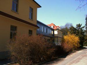 Skh Hubertusburg Gebaeude 100 Gesamtansicht